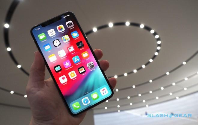 iPhone Xs/Xs Max ra mắt: Màn hình lớn nhất thị trường, thêm màu vàng sang chảnh, chụp ảnh đẹp hơn, có 2 SIM, 512GB dung lượng - Ảnh 2.