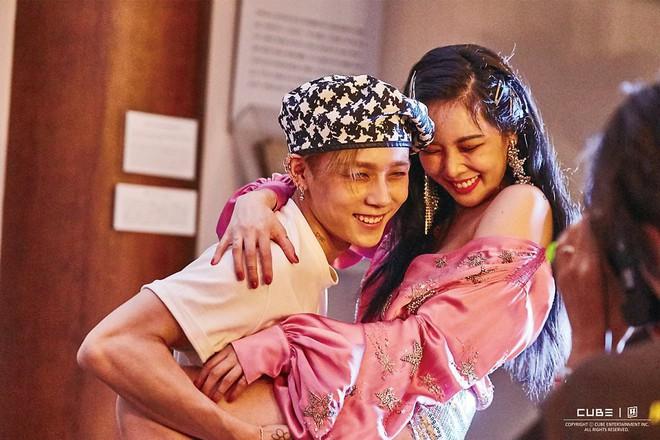 Khổ thân dàn trai đẹp nhà SM và JYP, tung teaser thả thính nhưng toàn bị drama nhà Cube chiếm spotlight - Ảnh 1.