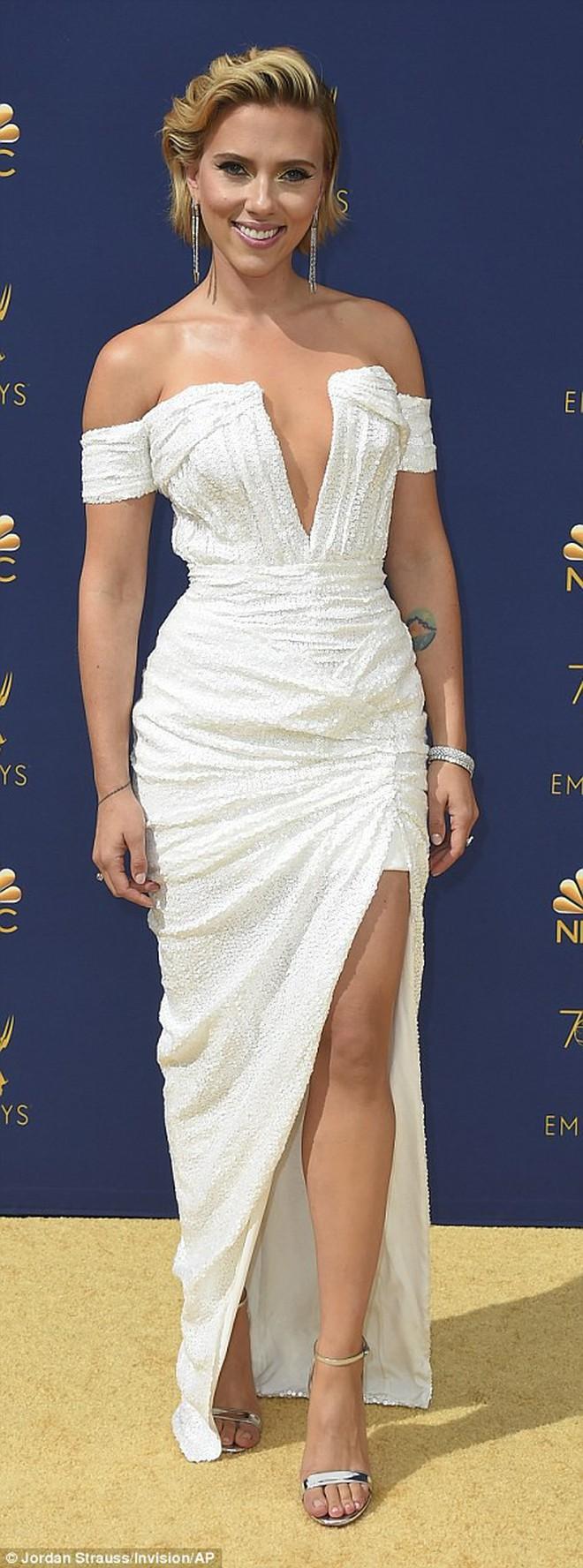 Lễ trao giải Emmy 2018 góp mặt những mỹ nhân nổi tiếng nhất Hollywood - ảnh 2