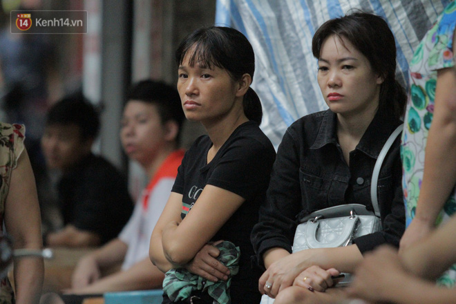Ảnh vụ cháy ở Đê La Thành: Hiện trường dãy trọ bị lửa thiêu rụi