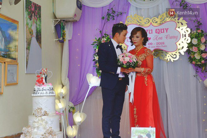 Cô dâu 62 chú rể 26 ở Cao Bằng: Ảnh cặp đôi rạng rỡ trong ngày cưới - ảnh