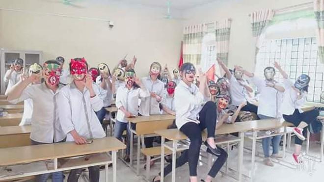Trung Thu, cả lớp đeo mặt nạ Tôn Ngộ Không creepy dọa dân mạng