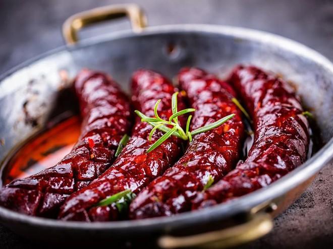 Những món ăn được xem là niềm tự hào của nền ẩm thực ở xứ sở bò tót - Ảnh 7.