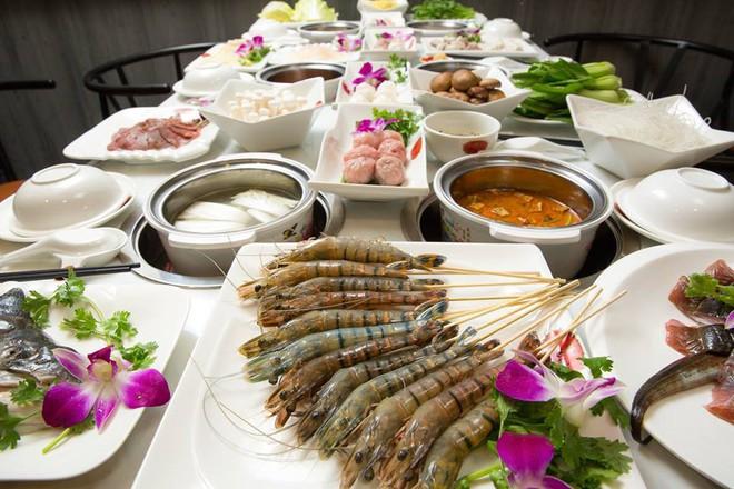 """Nếm thử những quán lẩu Hồng Kông """"bên hông"""" Chợ Lớn với vô vàn hương vị mới lạ không phải ai cũng biết 8"""