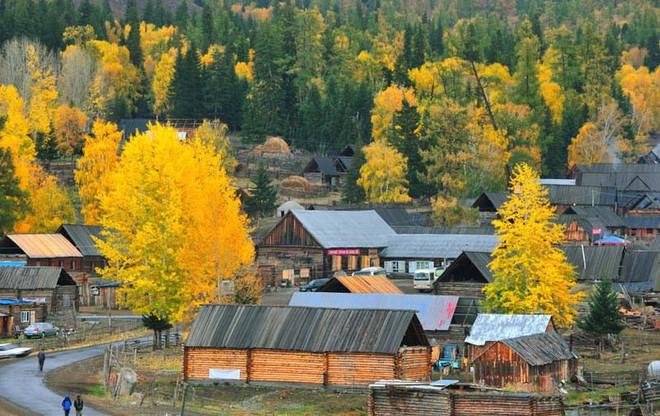 Những ngôi làng cảnh sắc đẹp mê hồn nhất định phải ghé thăm vào mùa thu ở Trung Quốc - Ảnh 8.