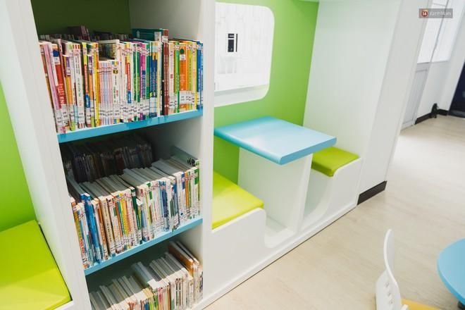 """Thư viện thông minh đầu tiên dành cho thiếu nhi ở TP.HCM: Đẹp như sân chơi, có cả ngàn đầu sách và lên hình siêu """"ảo"""" - Ảnh 6."""