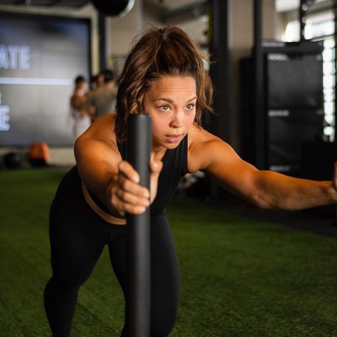 Cô nàng từng nặng hơn 92kg đã giảm được 32kg nhờ tuân theo 3 bí quyết