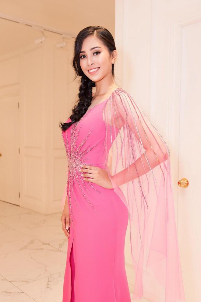 HOT: Hoa hậu Tiểu Vy là khách mời đặc biệt của sự kiện ra mắt ô tô VINFAST tại Paris - Ảnh 7.