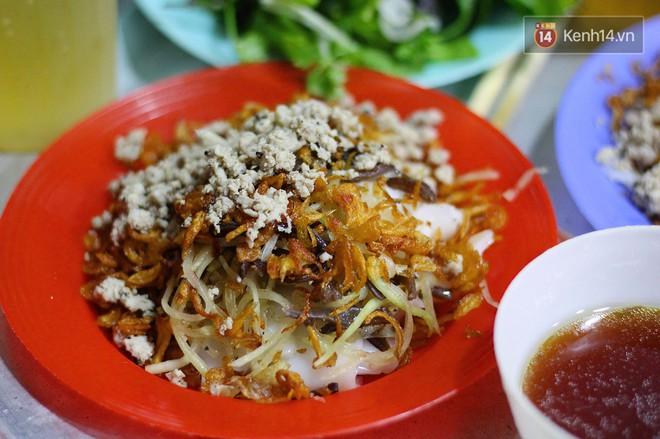 Món ăn mà ở Hà Nội chỉ có một hàng duy nhất và chỉ bán đúng 3 tối cuối tuần, còn không tranh thủ ngay thôi! 1