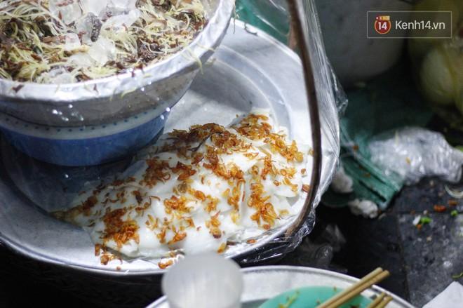 Món ăn mà ở Hà Nội chỉ có một hàng duy nhất và chỉ bán đúng 3 tối cuối tuần, còn không tranh thủ ngay thôi! 6