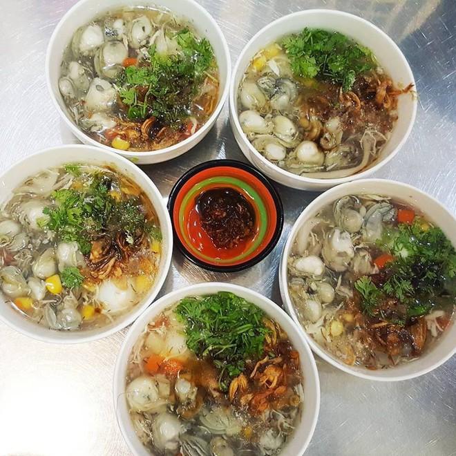 """Súp cua Sài Gòn đâu chỉ có mỗi cua, ra đây mà xem người ta còn kết hợp cùng """"hằng hà sa số"""" các topping đặc sắc này 1"""