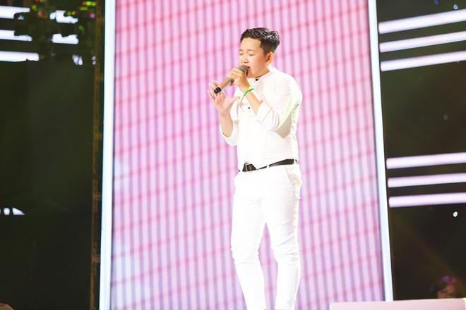 Giọng hát Việt nhí: Cậu bé 11 tuổi thần tượng cố nghệ sĩ Trần Lập khiến Bảo Anh thổn thức - Ảnh 3.