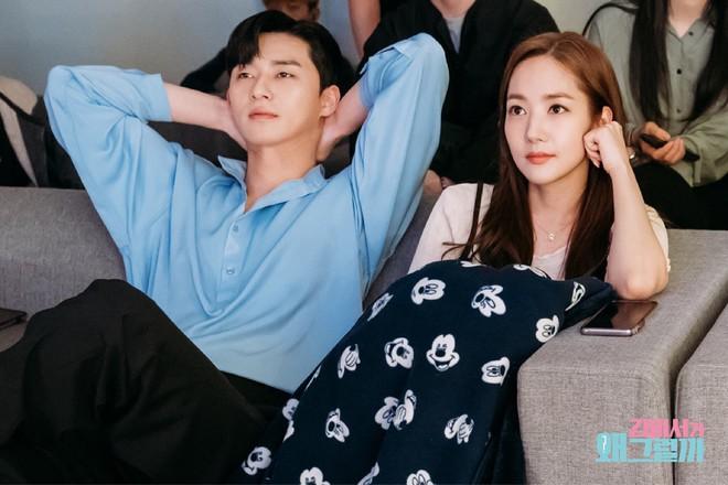 Thư Ký Kim Sao Thế? được mùa hẹn hò: Sau Park Park và nam phụ, lại thêm diễn viên xác nhận chuyện tình cảm - Ảnh 3.
