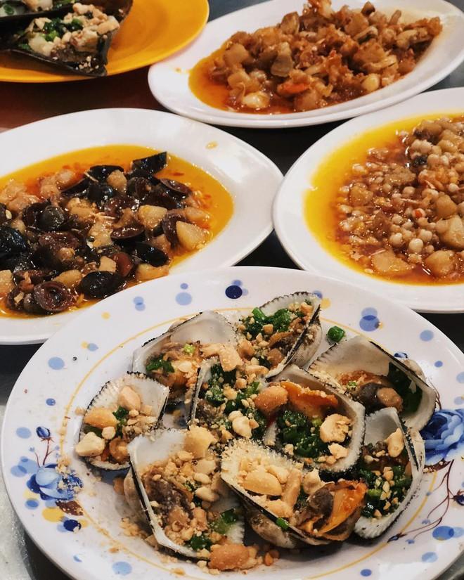 Lục tìm những quán trong hẻm lúc nào cũng đắt khách ở Sài Gòn 14