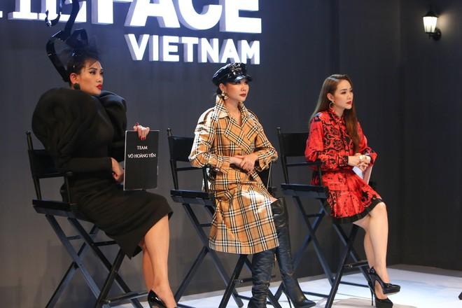 The Face tập 1: Chàng mẫu lưỡng tính là thí sinh duy nhất được 3 HLV tranh nhau chọn về đội - Ảnh 1.