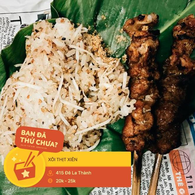 Tưởng là món ăn vui miệng, ai ngờ đâu thịt xiên lại nghiễm nhiên trở thành topping trong loạt món ngon xuất chúng ở Hà Nội - Ảnh 8.