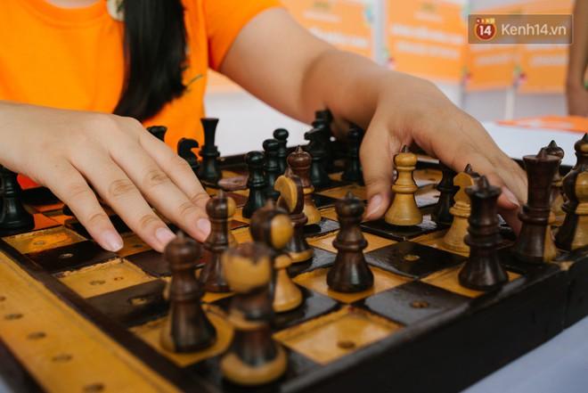 Hành trình chạm đến giải vô địch cờ vua Đông Nam Á của cô gái khiếm thị Sài Gòn - Ảnh 3.
