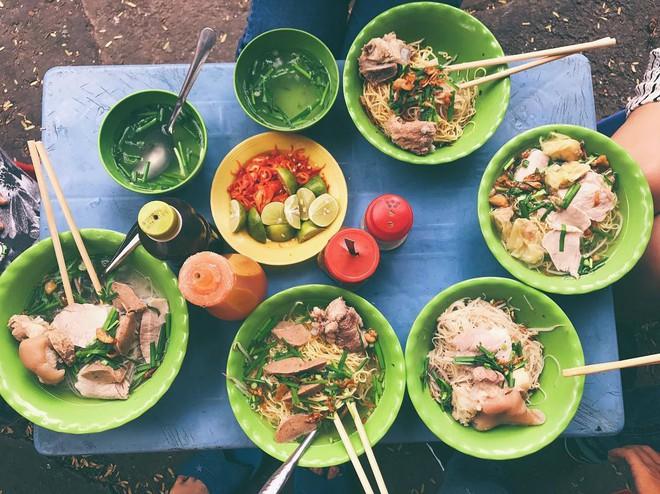 Người Sài Gòn cũng chưa chắc biết hết tất cả các loại hủ tiếu có ở đây - Ảnh 2.