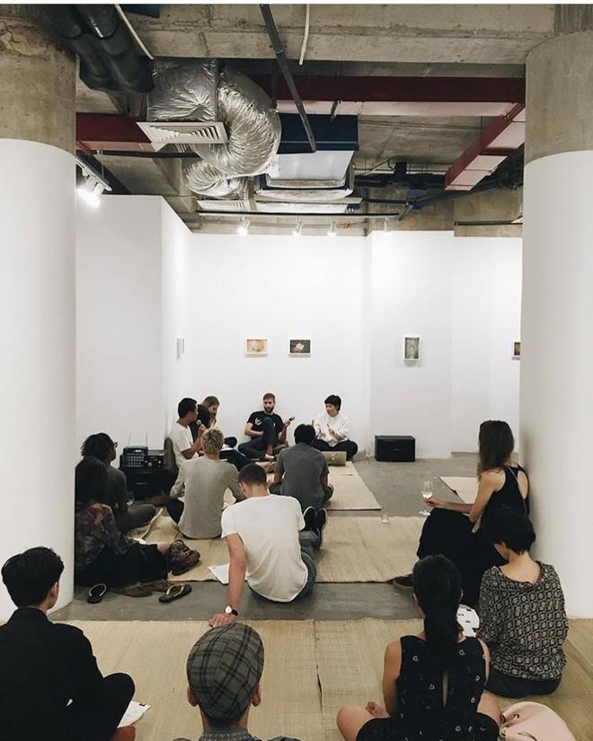 4 không gian siêu hay ho dành cho các bạn trẻ yêu nghệ thuật ở Sài Gòn - Ảnh 4.
