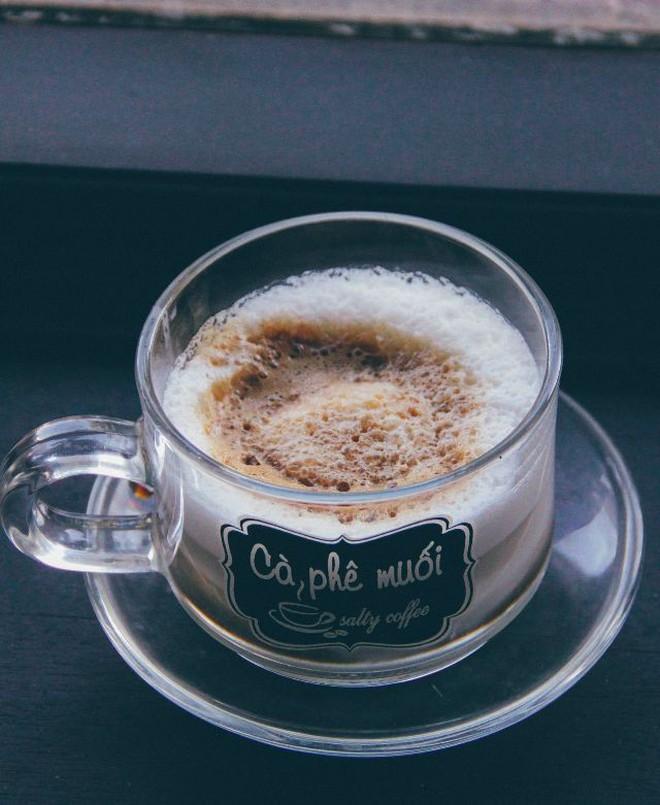 Khám phá nét độc đáo của cà phê Việt Nam từ các món cà phê đặc sản của ba miền Bắc - Trung - Nam - Ảnh 3.