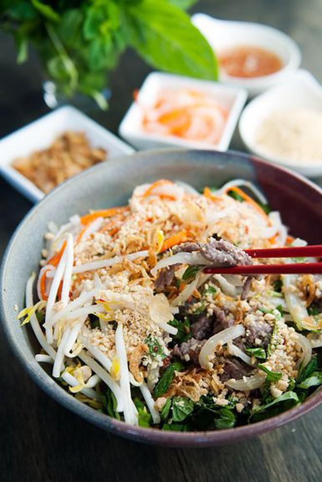 """Những món ăn mà chúng ta hay kiêng để giảm cân thực ra lại được cho vào danh sách """"healthy"""" của nước ngoài - Ảnh 3."""
