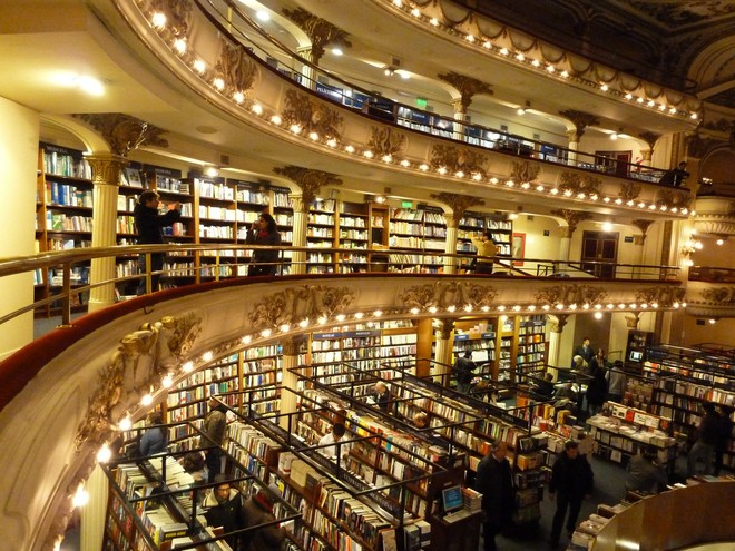 Ghé thăm hiệu sách cổ điển tráng lệ nhất thế giới giữa thời đại số - Ảnh 3.
