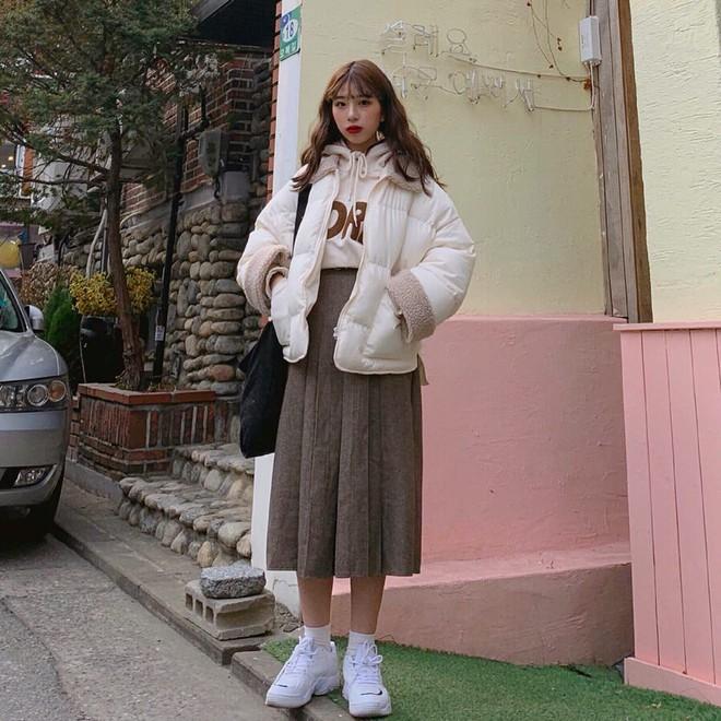 Hội bạn thân Hàn Quốc là 6 cô nàng xinh đều, ăn mặc chất như nước cất - Ảnh 2.