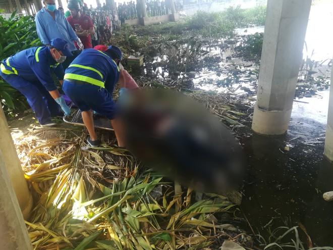Cần thủ vứt cần câu bỏ chạy khi phát hiện thi thể cô gái nổi trên sông Sài Gòn - Ảnh 2.