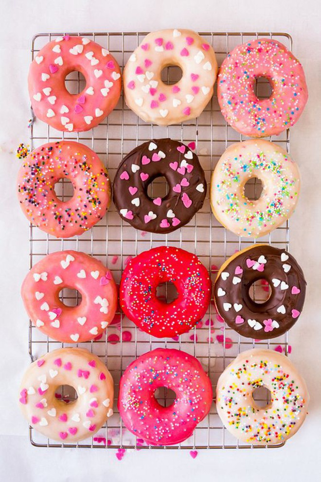 """Muôn hình vạn trạng những loại donut ngon """"lịm tim"""" khiến người Mỹ tiêu thụ hơn 10 tỷ chiếc mỗi năm - Ảnh 7."""
