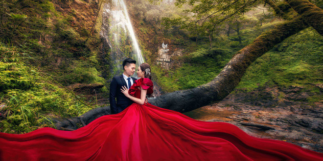 Cô dâu vàng đeo trĩu cổ sống trong lâu đài 7 tầng ở Nam Định: Bố mẹ cho 200 cây vàng, 2 sổ đỏ và rước dâu bằng Rolls-Royce Phantom 35 tỷ - Ảnh 11.
