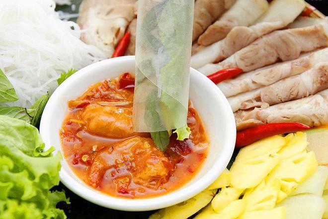 Ở Huế có một loại đồ chấm với thịt luộc cực ngon, bảo đảm ai ăn một lần cũng mê mẩn - Ảnh 3.