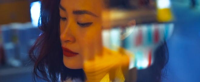 Đông Nhi ra mắt MV quảng bá bài hát mới trong album, nhưng chờ đã, có gì đó sai sai... - Ảnh 3.