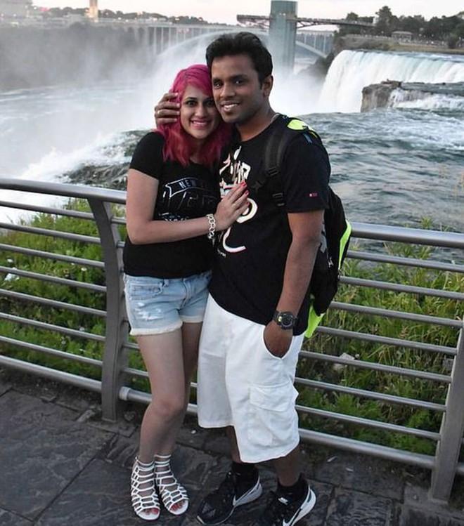 Chụp ảnh tự sướng trên vách đá dựng đứng, vợ chồng Travel Blogger rơi xuống vực chết thảm - Ảnh 2.