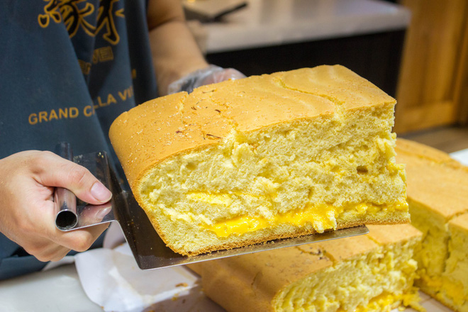 Giờ mới để ý, Sài Gòn có quá trời những thương hiệu bánh ngọt nước ngoài nhìn mà phát mê - Ảnh 1.