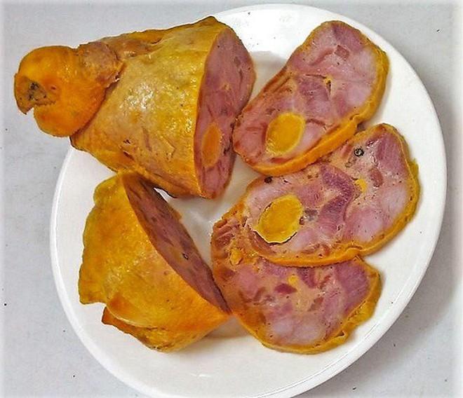 Mùa Tết Việt Nam có một món ăn vừa cầu kì vừa khó, đến cả đầu bếp chuyên nghiệp cũng phải e dè - Ảnh 4.