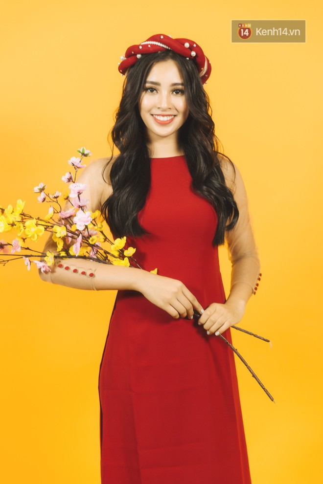 Tất tần tật về cái Tết đầu tiên là một Hoa hậu của cô nữ sinh vừa bước sang tuổi 19 Trần Tiểu Vy - Ảnh 4.