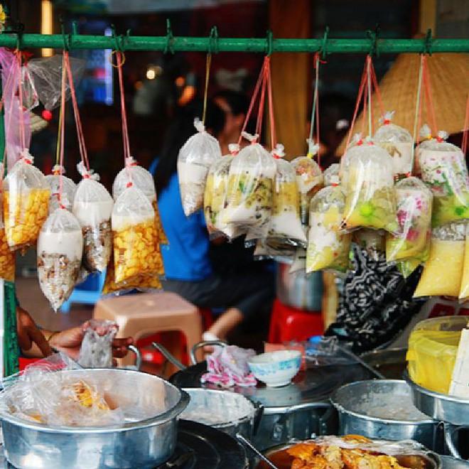 """Điểm danh những quán chè của các cô, các bà chuẩn hương vị """"ngon như nhà làm"""" ở Sài Gòn - Ảnh 5."""