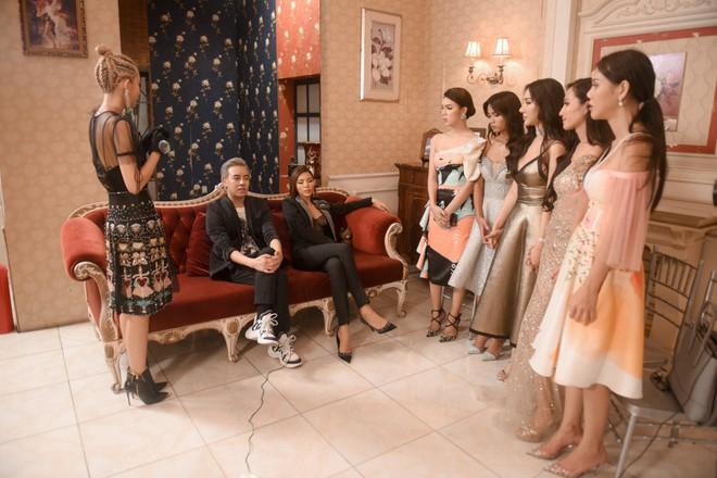 Đây là 9 cô gái cạnh tranh vương miện người đẹp chuyển giới kế nhiệm Hương Giang - Ảnh 3.