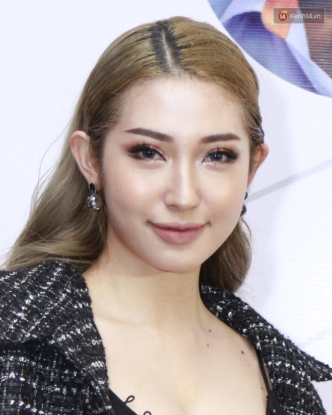 """4 kiểu makeup lên ngôi tại WCA 2018 cũng chính là 4 hot trend làm đẹp """"đinh"""" của năm 2019 - Ảnh 2."""