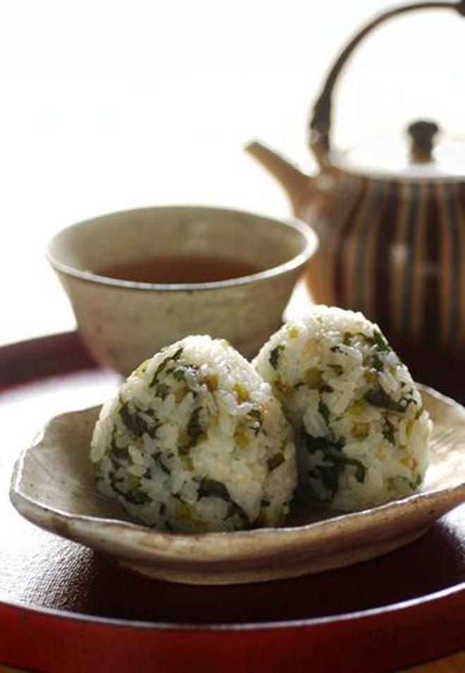"""Ở Nhật có những món mà cứ ăn là biết đang """"viêm màng ví"""" hoặc đã đến """"cuối tháng"""" - Ảnh 1."""