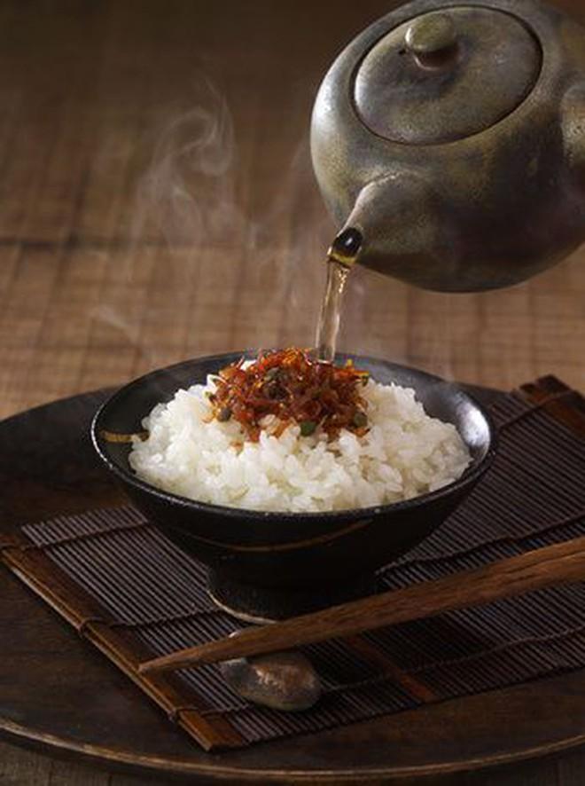 """Ở Nhật có những món mà cứ ăn là biết đang """"viêm màng ví"""" hoặc đã đến """"cuối tháng"""" - Ảnh 3."""