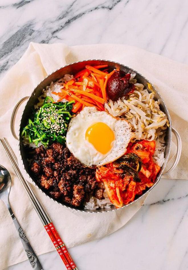 """Khám phá sở thích """"trộn cả thế giới"""" trong ẩm thực của người Hàn Quốc - Ảnh 2."""