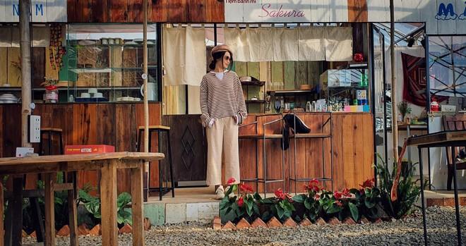 Tiệm bánh check in quen thuộc của giới trẻ ở Đà Lạt đóng cửa, nhiều người đã bắt đầu tìm ra quán mới đẹp không kém - Ảnh 5.