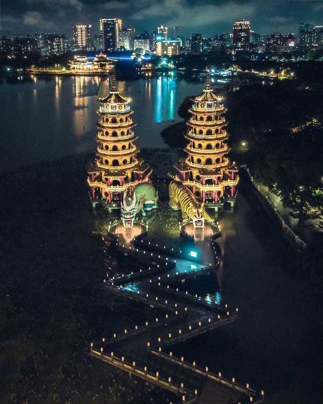Nhìn loạt ảnh đẹp lộng lẫy của những ngôi đền châu Á này, dân mạng phải tự hỏi: Có thật ngoài đời ư? - Ảnh 3.