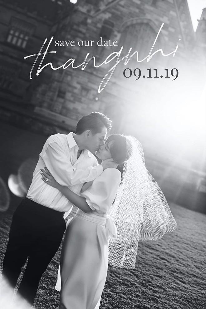 HOT: Đông Nhi - Ông Cao Thắng tung trọn bộ ảnh cưới đẹp long lanh trước ngày chính thức về chung một nhà - Ảnh 13.