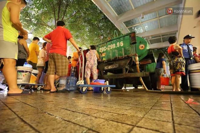 """Khổ như dân Hà Nội giữa """"tâm bão"""" ô nhiễm: """"Thanh Xuân"""" có bao lâu mà hết thủy ngân rồi nước nhiễm độc! - Ảnh 4."""