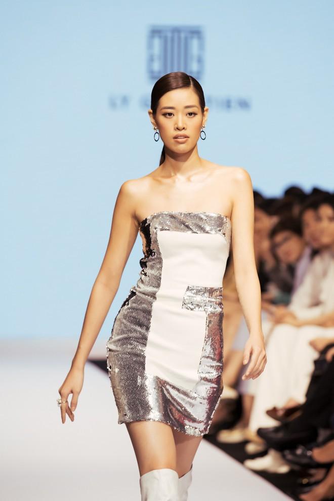 Bị chê catwalk tệ, Thúy Vân vẫn đắt show hơn Hương Ly tại Hoa hậu Hoàn vũ VN - Ảnh 6.