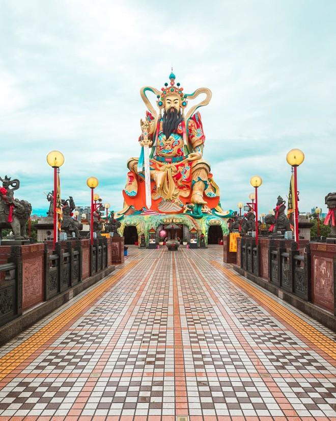 Nhìn loạt ảnh đẹp lộng lẫy của những ngôi đền châu Á này, dân mạng phải tự hỏi: Có thật ngoài đời ư? - Ảnh 9.
