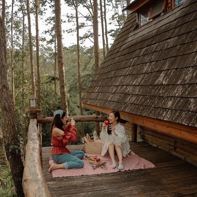 """Ở Thái Lan xuất hiện 1 khu nghỉ dưỡng khiến giới trẻ """"rần rần"""", nhÆ°ng nhìn sao lại giống... Đà Lạt của Việt Nam quá vậy? - Ảnh 9."""