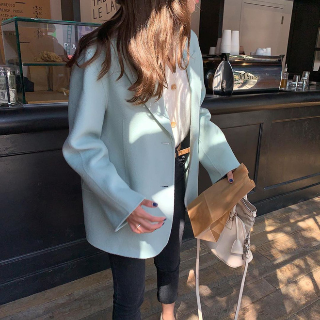 Miền Bắc se lạnh thật rồi, giờ thì các nàng tha hồ diện 5 kiểu áo khoác vừa ấm vừa đẹp chuẩn sống ảo Instagram - Ảnh 2.